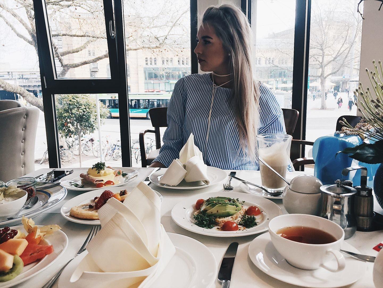 VISIT: WIENER CAFÉ @ HOTEL KAISERHOF HANNOVER.